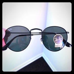 Rayban sunglasses Round Black 50mm